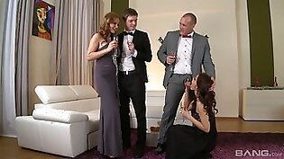 Addicted to sex milf Abbie Cat arranges dirty orgy at home