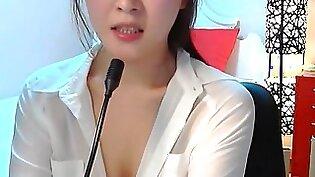 Korean Girl Shows Nice Boobs 12