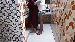 Muslim sister in law kitchen fuck with brother in law p-1