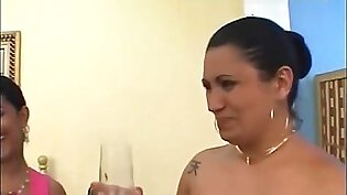 mother daughter friend pissing kissing