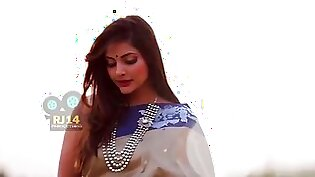 Bedroom saree beautifull khyati sharma tease
